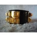 Collier De Chien in Noir size small in Alligator leather with Gold hardware in new condition