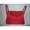 Lindy in rouge casaque size 30 in clemence leather with Palladium hardware in new condition